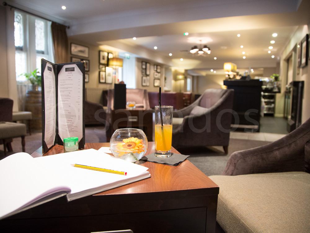 Lounge Landmark Hotel